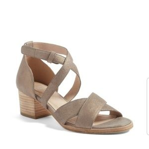 Eileen Fisher Kerby sandal